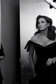Caitlyn Jenner lors de sa récente séance photo pour la couverture de Vanity Fair (Crédit : Capture d'écran YouTube)