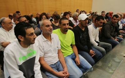 Les accusés dans l'affaire Eden Natan Zada, à la cour de district de Haifa jeudi (Crédit : Pool / Yotam Ronen / Flash90)