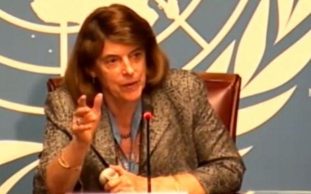 Mary McGowan Davis, présidente de la Commission d'enquête indépendante sur le conflit de Gaza, présente le rapport, le 22 juin 2015 à Genève. (Crédit : Capture d'écran de l'ONU)