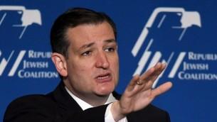 Le candidat aux présidentielles républicain, le sénateur américain Ted Cruz (R-TX) le 25 avril 2015 à Las Vegas, Nevada. (Crédit : Ethan Miller / Getty Images / AFP)