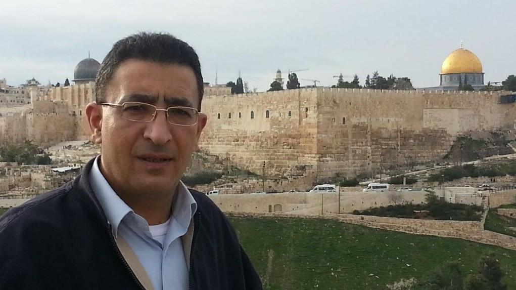 Un ancien conseiller politique Mendi Safadi à Jérusalem (Crédit : Autorisation Mendi Safadi)