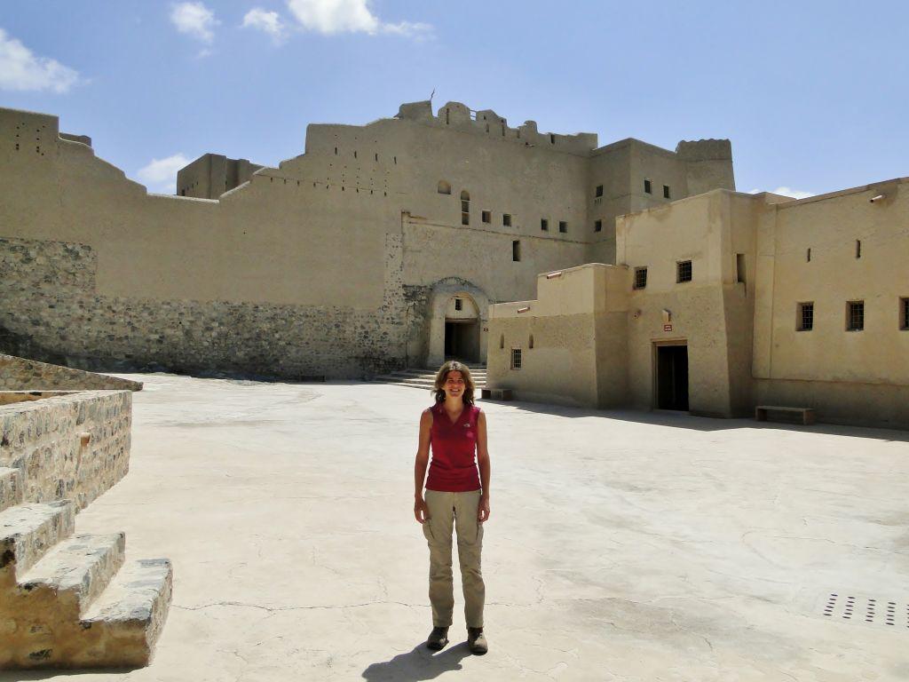 La voyageuse israélienne Tamara Baraaz photographié à Oman (Crédit : Autorisation de Tamara Baraaz)