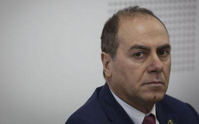 L'ancien ministre de l'Intérieur Silvan Shalom, au ministère de l'Intérieur à Jérusalem le 17 mai 2015 (Crédit : Hadas Parush / Flash90)