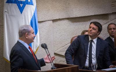 Le Premier ministre Benjamin Netanyahu (à gauche) avec le Premier ministre italien Matteo Renzi à la Knesset, le 22 Juillet 2015. (Crédit : Hadas Parush/Flash90)