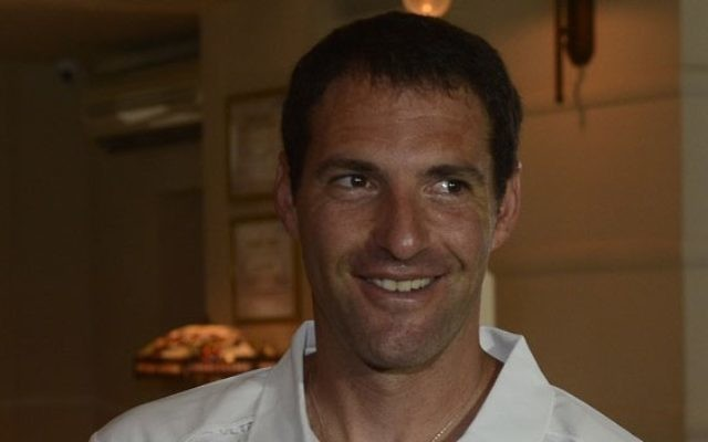 Jonathan Erlich (Crédit : CC BY-SA Olympic Committee of Israel/Wikipedia)