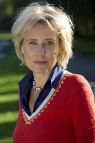 L'historien allemande Karina Urbach affirme que la famille royale britannique couvrent son passé antisémite. (Crédit : Autorisation)
