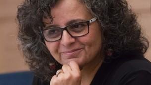 La députée Aida Touma-Sliman de la Liste arabe unie à la Knesset, le 8 juin 2015. (Crédit : Miriam Alster/Flash90)