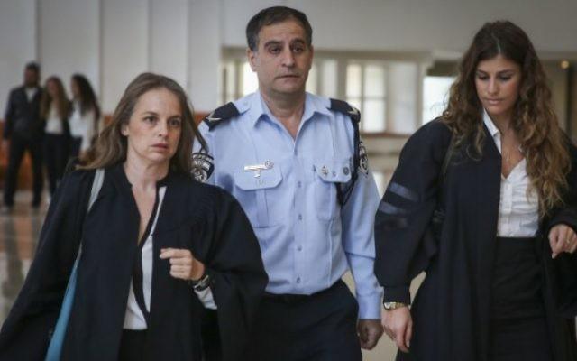 Ephraim Bracha arrive à la Cour suprême à Jérusalem en 2014  (Crédit photo: Hadas Parush / Flash90)