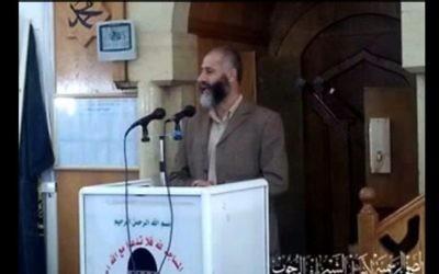Nayef Rajoub, un député de Hébron affilié au Hamas et le frère de Jibril Rajoub affilié au Fatah a été libéré d'une prison israélienne le 9 juillet 2015 (Capture d'écran: YouTube)