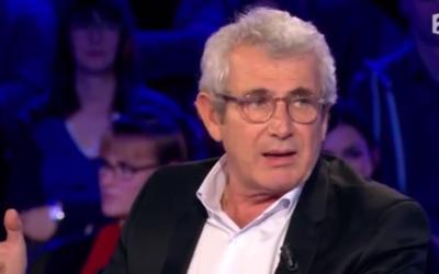 Capture d'écran YouTube : Michel Boujenah dans On n'est pas couché