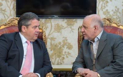 Le vice-chancelier allemand et ministre de l'Economie, Sigmar Gabriel, à gauche, avec le ministre iranien du Pétrole Bijan Zanganeh à Téhéran, le 20 Juillet 2015 (Photo: Maurice Weiss / page Facebook de Sigmar Gabriel)