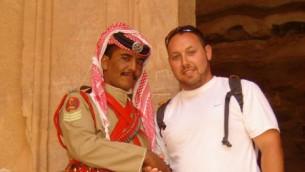 Le journaliste Steve Sotloff en Jordanie en 2009  (Crédit photo sur Facebook / Oren Kessler)