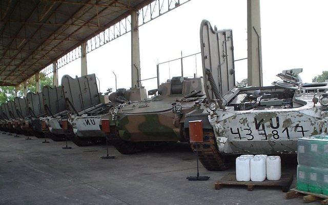 Les tanks TAM de l'Argentine au cours d'une mission de maintien de la paix des Nations unies en Croatie le 1er décembre 2006 (Crédit : CC BY-SA Alexav8, Wikimedia Commons)