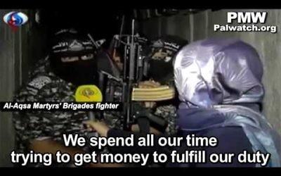 Capture d'écran d'une émission dans laquelle des combattants de la branche militaire du Fatah demande de l'argent à l'Iran pour attaquer Israël (Youtube/palwatch)