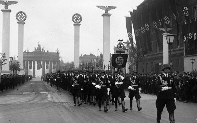 Parade militaire nazie à Berlin 1939 - Source : Wikipédia CC BY-SA 3.0 de