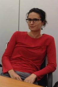La participante au programme Begin Center's Israel Government Fellows, Dr. Camille Morliere, 29 ans, de Paris, est devenue une citoyenne israélienne il y a trois mois (Crédit : Amanda Borschel-Dan / The Times of Israel)