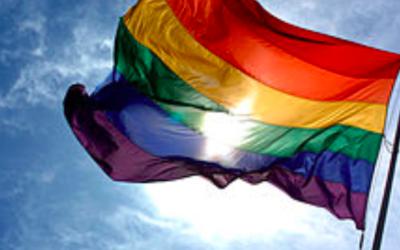 Drapeau du LGBTQ (Crédit : Wikimedia commons)