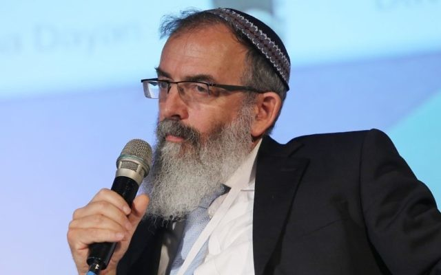 Le rabbin David Stav, cofondateur et président de l'organisation rabbinique Tzohar, le 20 juin 2013. (Crédit : Flash 90, File)
