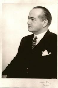 Le grand-père de Simon et Nick Goodman Fritz Gutmann dans ce portrait de Man Ray « Fritz », Paris, 1926 (Crédit : Autorisation de la famille Goodman)