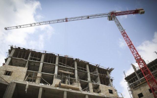 Un chantier de construction (Crédit : Hadas Parush / Flash90)