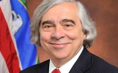 Le secrétaire américain à l'Energie Ernest Moniz (Photo: Facebook)