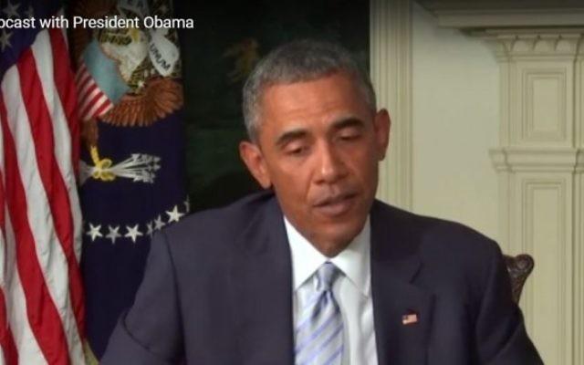 Barack Obama s'adressant aux juifs américains dans un webcast diffusé sur Internet, le 28 août 2015 (Crédit : capture d'écran)