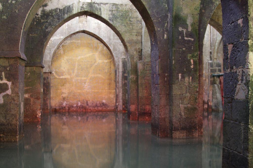 La piscine des Arches à Ramle (Crédit : Shmuel Bar-Am)