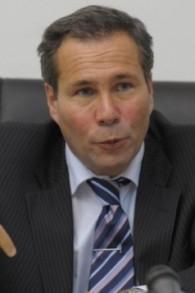 Alberto Nisman donne une conférence de presses à Buenos Aires le 20 mai 2009. (Crédit : AFP PHOTO / Juan Mabromata)