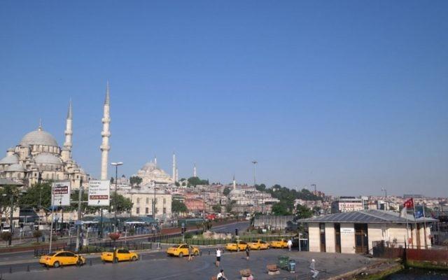 La mosquée bleue d'Istanbul (Crédit : Avi Lewis, Jon Weidberg)