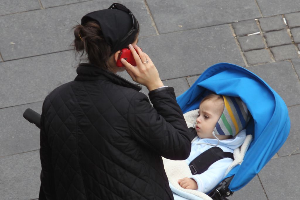Le ministre des Finances Kahlon espère introduire la réforme dans le secteur bancaire d'Israël comme il l'a fait avec les communications mobiles (Crédit : Nati Shohat / Flash90)