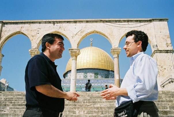Abdullah Antepli, à son premier voyage à Jerusalem, avec Rabbi David Leipziger (Courtesy)