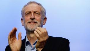 Le dirigeant du parti travailliste, Jeremy Corbyn, lors de la Conférence TUC au Centre de Brighton le 15 septembre 2015, à Brighton, en Angleterre (Crédit : Mary Turner / Getty Images / via JTA)