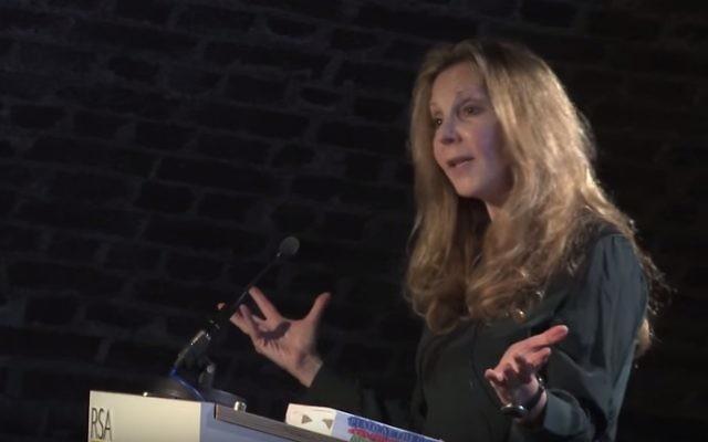 La philosophe juive Rebecca Newberger Goldstein (Crédit : Capture d'écran YouTube)