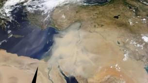 Une photo satellite  du Moyen-Orient au cours d'une tempête de sable le 8 septembre 2015 (Capture d'écran: NASA)