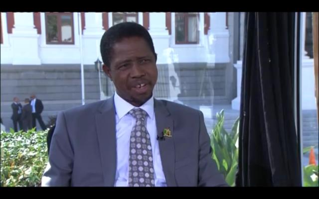 Le président de la Zambie, Edgar Lungu. Crédit : capture d'écran Youtube : President Edgar Lungu's visit to South Africa