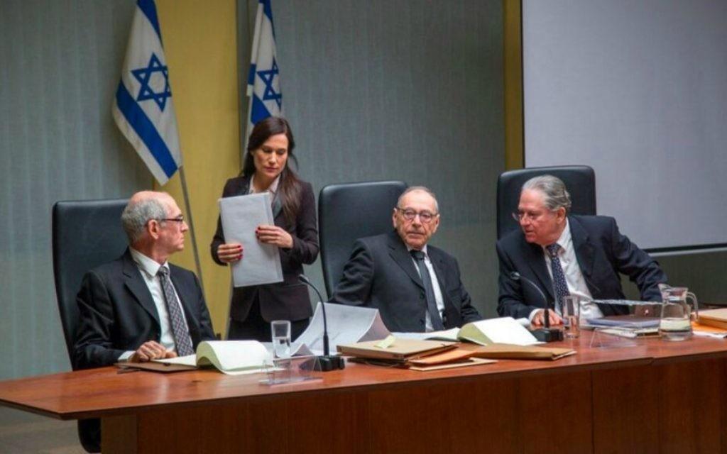 """""""Rabin, The Last Day"""" """"le dernier film d'Amos Gitaï qui décrit les derniers moments de la vie d'Yitzhak Rabin, jette également un coup d'œil sur la Commission Shamgar qui a enquêté sur son assassinat (Crédit photo: Alon Ron)"""