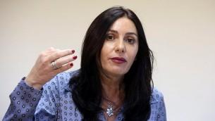 La ministre de la Culture et des Sports Miri Regev en conférence de presse à Jérusalem le 31 août 2015 (Crédit : Marc Israël Sellem / POOL)