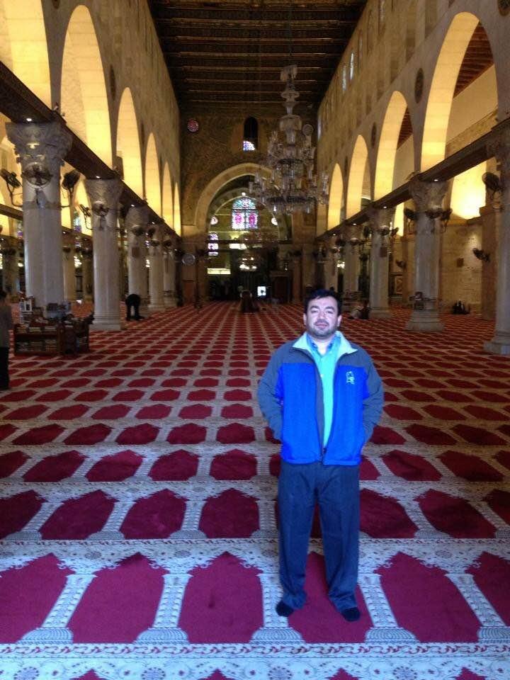 Imam Antepli à l'intérieur de la mosquée Al-Aqsa à Jérusalem en 2014 (Crédit : Autorisation)