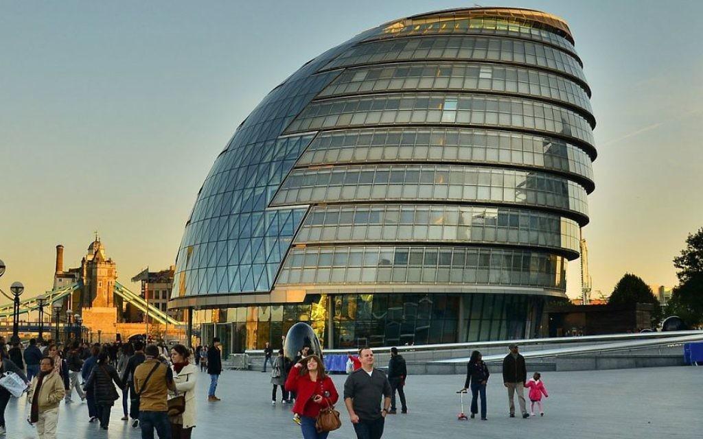 La mairie de Londres, le London City Hall, en Angleterre, le 22 octobre 2011 (Crédit : Garry Knight, via Flickr, CC-BY-SA)