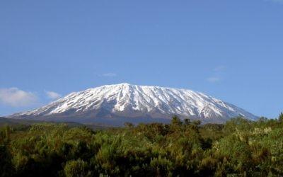 Mont Kilimanjaro (Crédit : Wikipédia : CC-BY-SA-3.0)