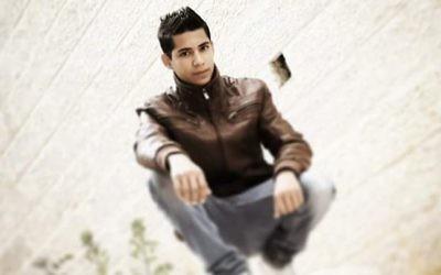 Muhannad Halabi, 19 ans, a été identifié comme le terroriste qui a poignardé deux Israéliens à mort à Jérusalem le 3 octobre  2015 (Crédit : Facebook)