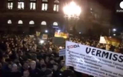 Rassemblement Pegida en Allemagne (Crédit : Capture d'écran YouTube/Euronews)