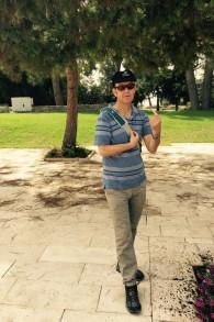 """Doron Bar au Mont Herzl, le cimetière national où il a passé beaucoup de temps pour écrire son livre """"Ideology and Landscape"""" (Photo: Jessica Steinberg / Times of Israel)"""