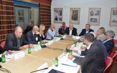 Les 26 dirigeants des communautés juives des Balkans se rencontrent pour la première fois depuis 1995. (Crédit :  Ivana Bozovic)