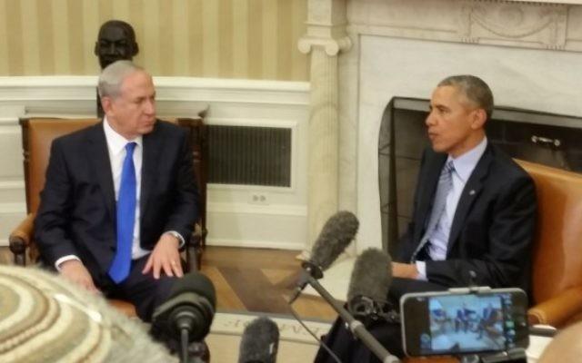 Le Premier ministre Benjamin Netanyahu et le président américain Barack Obama à la Maison Blanche le 9 novembre 2015 (Crédit : Raphaël Ahren / Times of Israël)