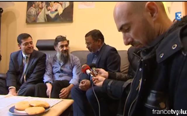 Tsion Emet et Moshe Ngazou (Capture d'écran : Francetvinfo)