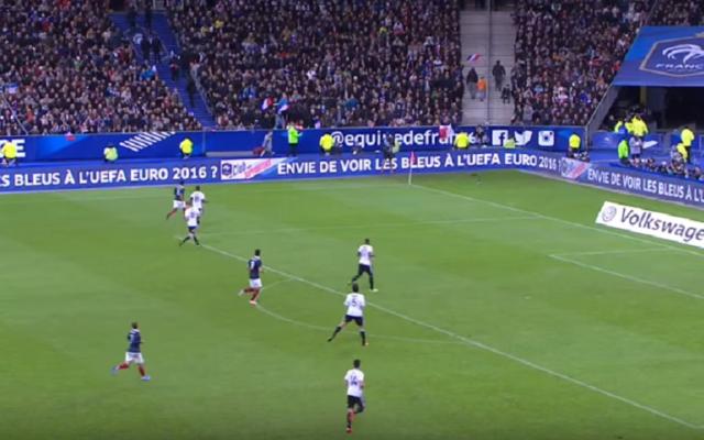L'équipe de France pendant le match France-Allemagne le 13 novembre (Crédit : Capture d'écran YouTube)