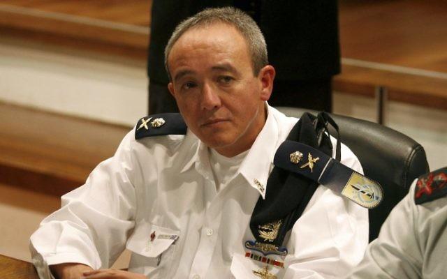 L'ancien commandant de la Marine d'Israël, Eli Marom en 2009 (Crédit : Roni Schutzer / Flash90)