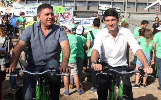 Patrick Maisonnave et Avi Gabbay (Crédit: Marine Crouzet / Ambassade de France en Israël)