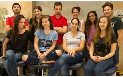 De l'équipe gagnante de la compétition iGEM de Technion (Crédit : Facebook)